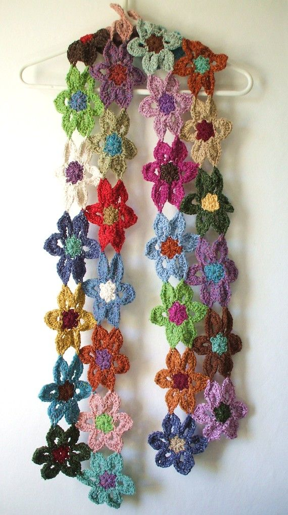 Crochet flower scarf by Yarnhappiness on Etsy