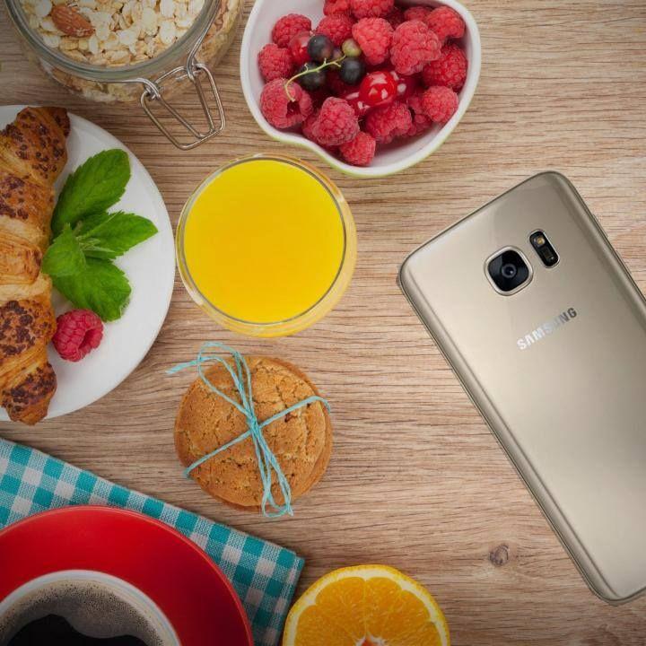 Βεβαιώσου πως παίρνεις ό,τι χρειάζεσαι από το πρωινό σου: βιταμίνες, ενέργεια και Galaxy S7 edge!