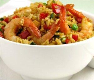 Este plato de gambas al ajillo con arroz es un plato completo, ideal como acompañante de carne roja o entrante.