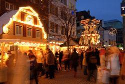 Vánoční trhy v Cáchách, Bonnu a v Düsseldorfu | Rádi cestujeme | nejen levné letenky, ubytování, zimní pobyty
