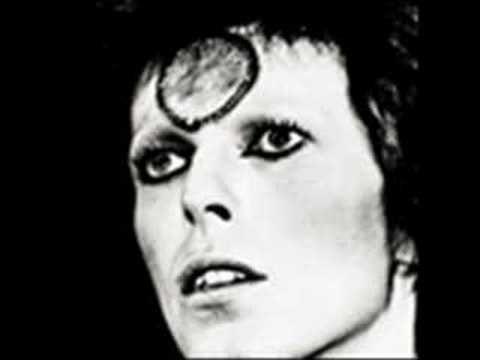 David Bowie Imagine (John Lennon cover)https://youtu.be/IftjxN_KJoM