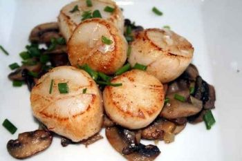 Poêlée de coquilles saint-jacques aux champignons : image 2