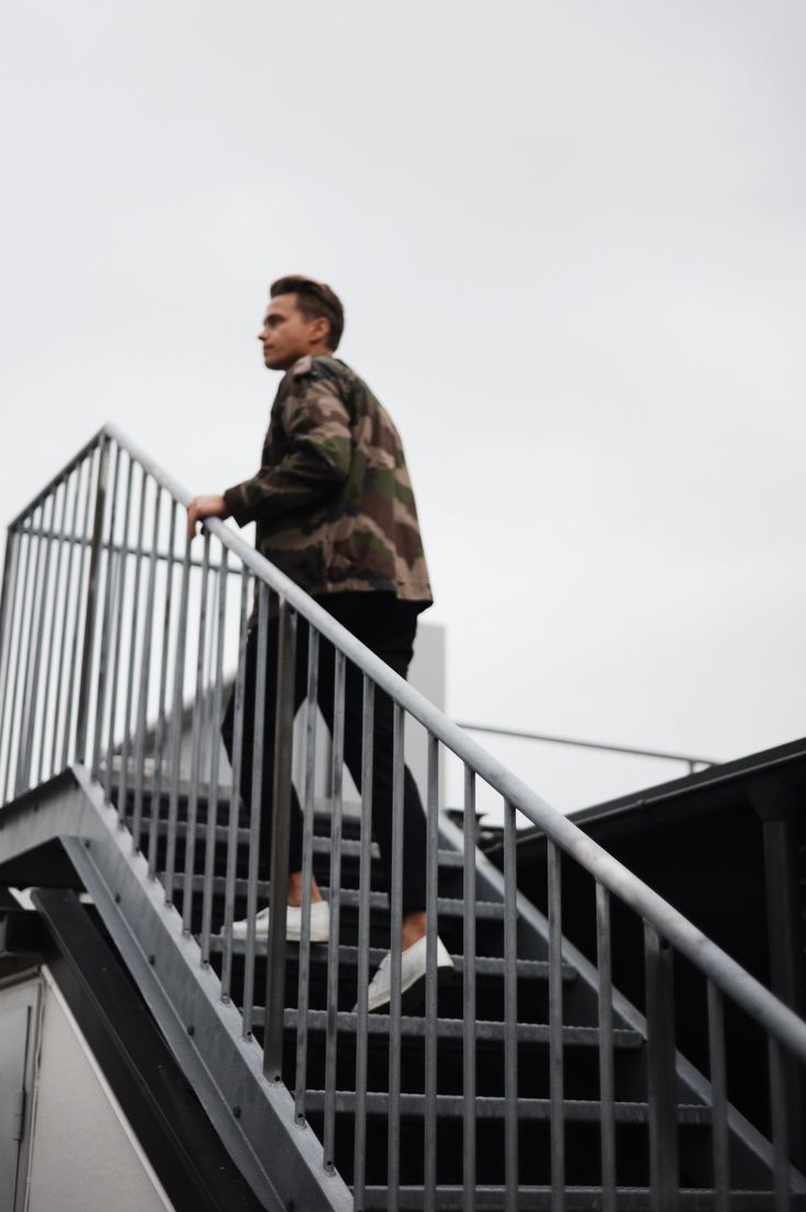 Camouflage is  one of those motifs that never leaves the menswear conversation, even  though it's not always the easiest thing to pull off. One wrong move and  you're suddenly looking like you actually just signed up to serve our  country. To hit the right note you want to limit yourself to one
