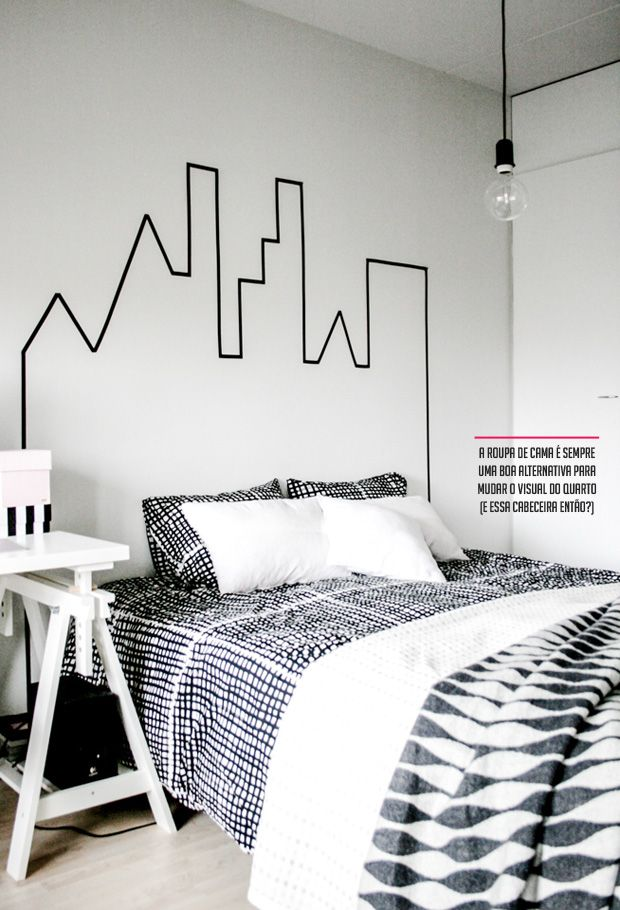 A fita adesiva washi tape, pode ser usada para decorar tuuudo. Inove e faça uma cabeceira para a sua cama :)
