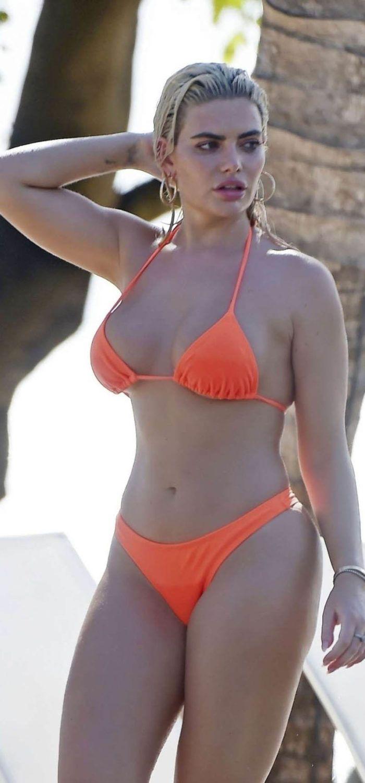 64798f9d2915 Megan Barton Hanson | Celebrity Hot | Bikinis, Orange bikini, Swimwear