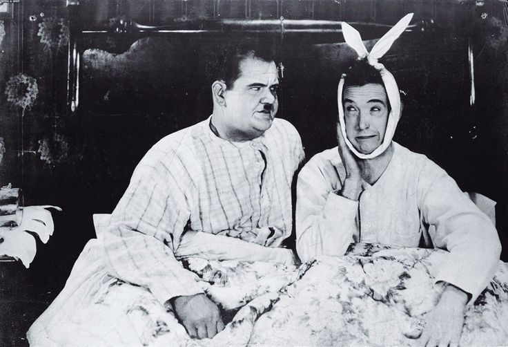 """- Measures 36'' x 24'' (91cm x 61 cm), 80lb high quality paper stock with satin cover, glossy finish - Depicts a monochrome photo-still of Laurel & Hardy from the 1928 movie """"Leave Them Laughing"""" - Di"""