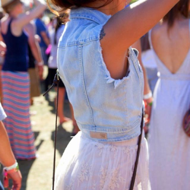 Love this vest!: Fashion, Denim Vests, Style, Spring Summer, Outfit, Jean Vest, Festival