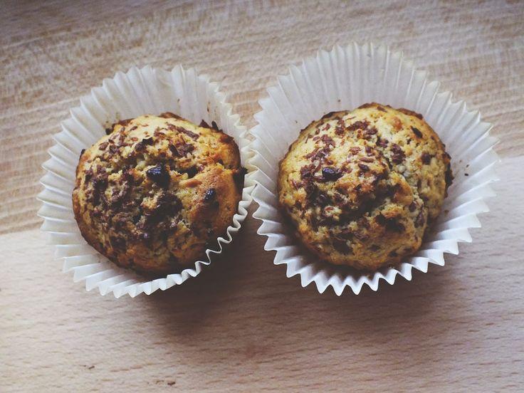 Muffiny s pomazánkou ze sušenek Lotus http://goodies-terry.blogspot.de/2014/01/muffiny-s-pomazankou-ze-susenek-lotus.html