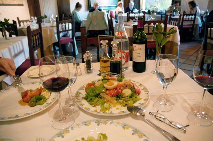 Lunch at the Hotel de Oso, Cosgaya