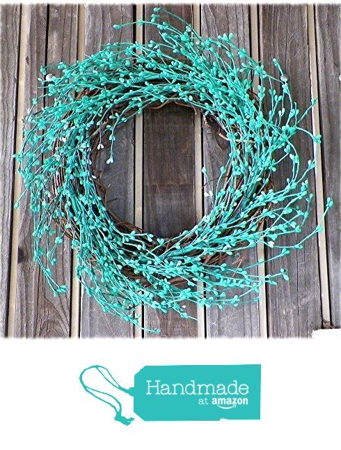 Spring Wreath With Turquoise Pip Berry And Natural