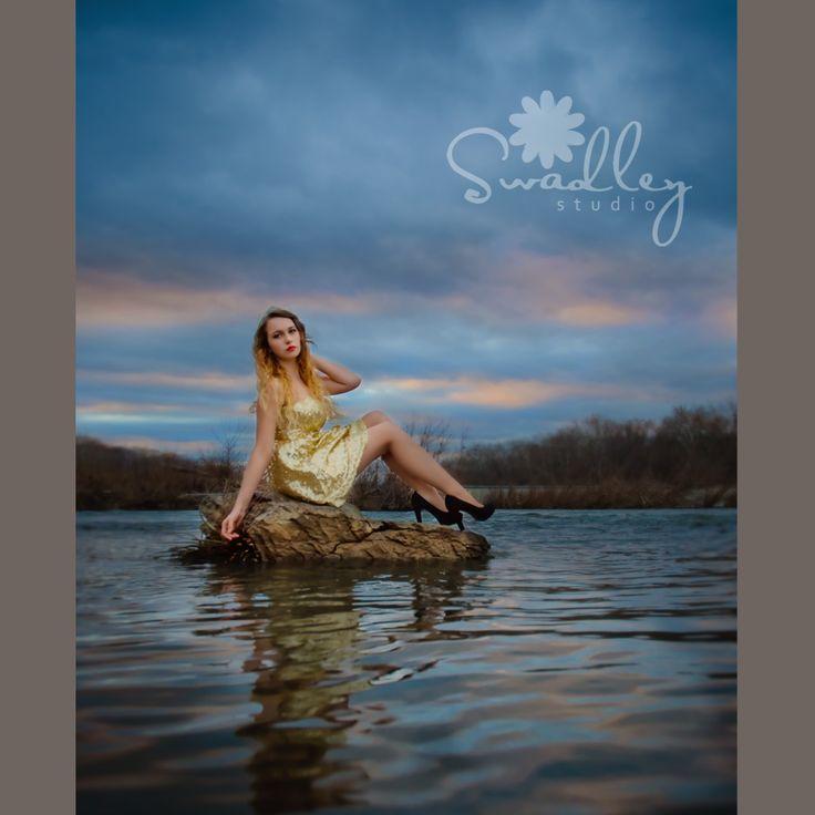 River Photo Shoot Ideas: Martinsburg Wv Senior Portrait Photographers Swadley