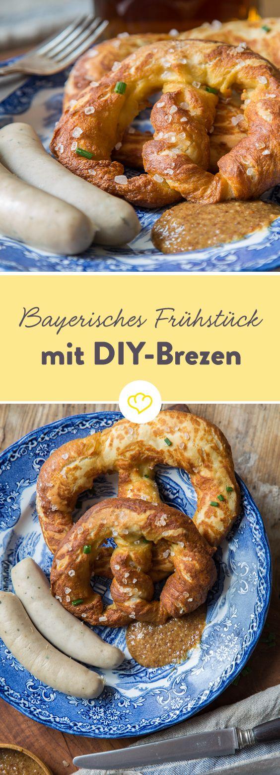 Heute startet der Tag schon zünftig, mit Weißwurst, süßem Senf und hausgemachten Brezen. Ganz nach bayrischer Manier eben.