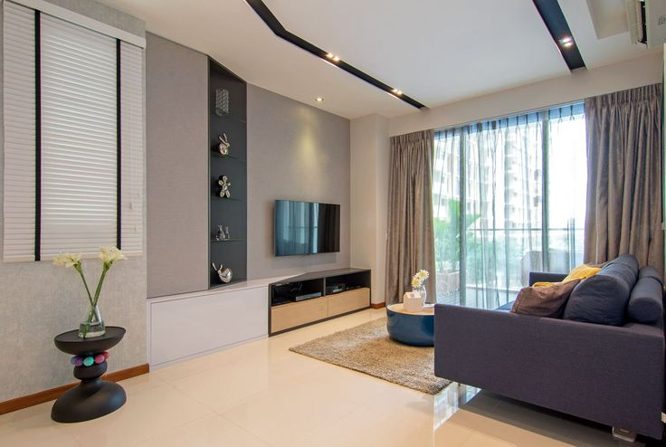 Knq associates sent us photos and information of an asymmetrical apartment that their chief designer stanley tham completed in singapore