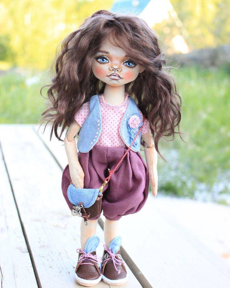 Куколка в резерве ☺ #текстильнаякукла #кукла #ручнаяработа #кукларучнойработы…