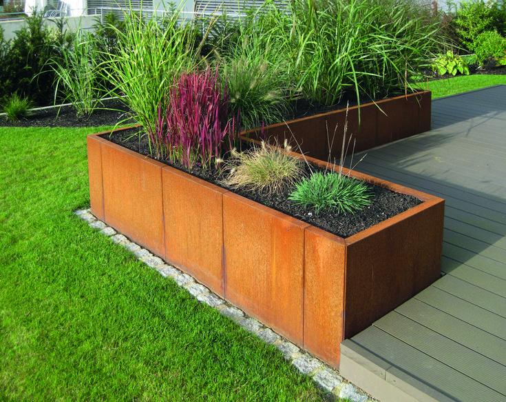 Gartenidee: Mit einem Hochbeet den Garten gestalten