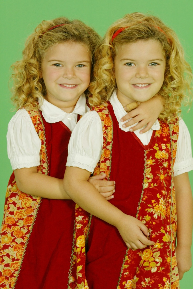 Rachel and amanda pace hope loganmultiple birthsidentical twinstripletsbeautiful people