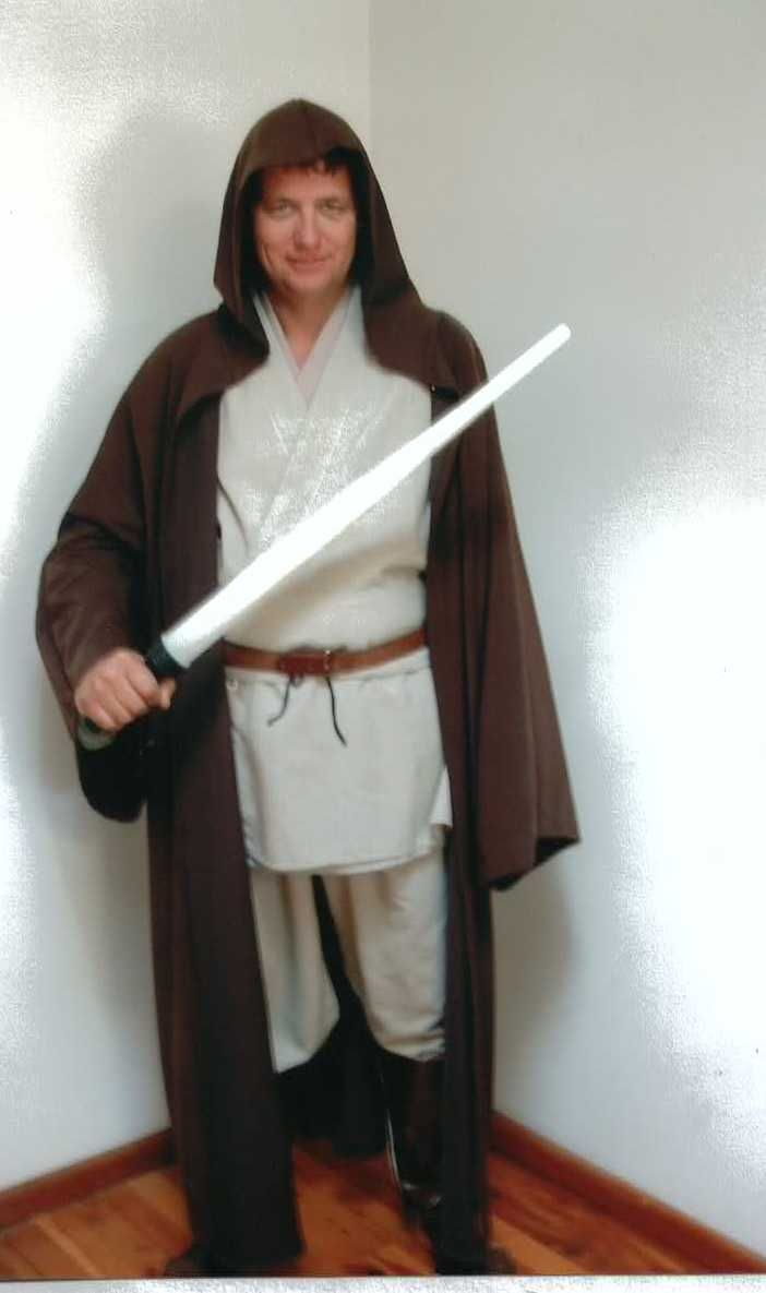 Obi Wan (star wars) available to hire size fits most sizes also have Luke skywalker and Anakin