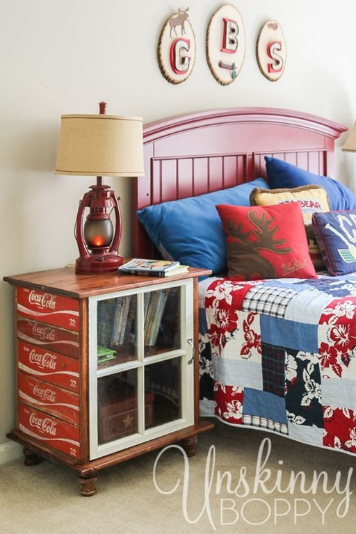 DIY Nightstands Made From Old Coke Crates - Love this! So simple to DYI & it would work with any similar crate I'd think!