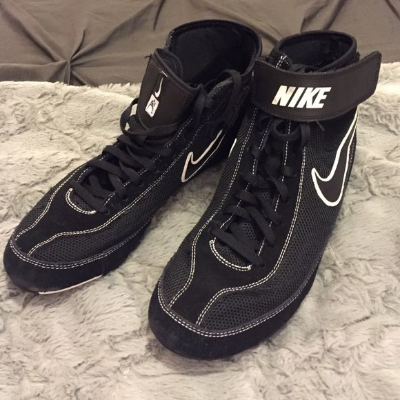 Nike Wrestling Shoes Men's Size 8 (Women's 9) Pair of Nike wrestling shoes men's size 8. Only worn on mats, never outside. A tad bit narrow for my feet. Nike Shoes Athletic Shoes