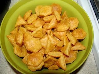 Whole wheat cheddar crackers | Cute kiddie food ideas | Pinterest