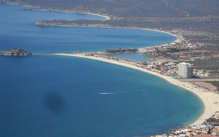 Fly over Algodones Beach in this beautiful video in San Carlos Sonora Mexico