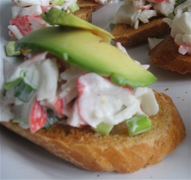 crab and avocado crustini | Soups, Salads, and Dips! | Pinterest ...