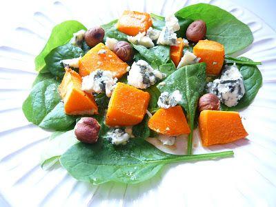 Delicious blog: Máslová dýně s modrým sýrem a lískovými oříšky