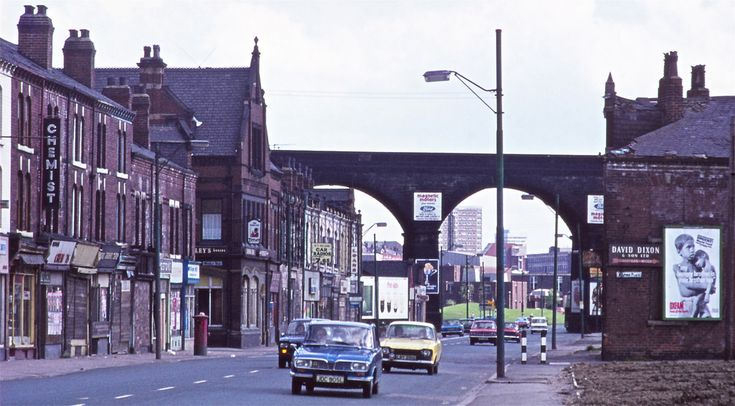 woodhouse lane leeds old photos | Leeds in the 1970s - Kirkstall Road | Flickr - Photo Sharing!