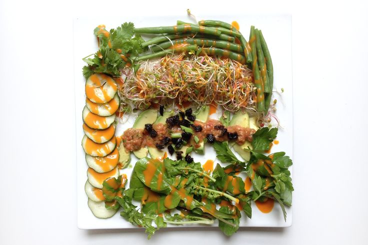Easy Raw Vegan Meal Plans | LIVESTRONG.COM