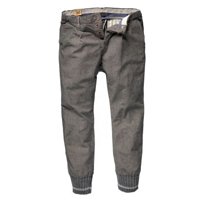 We don't expect to see anyone rock these on a night out on the town but these chino pants from Scotch & Soda look pretty...