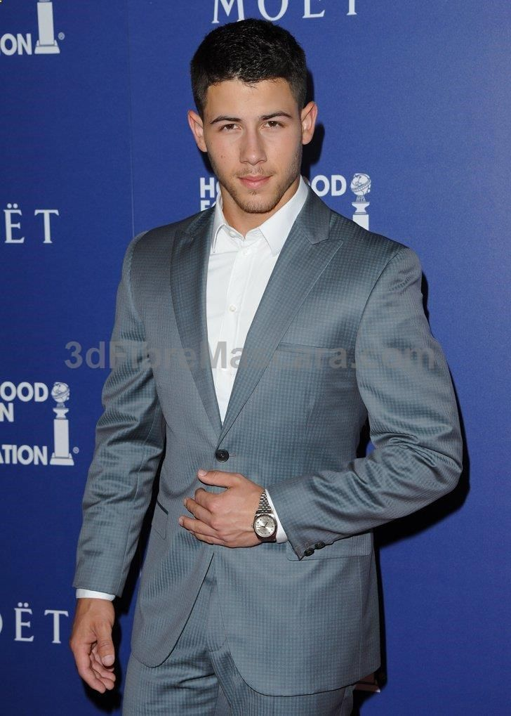 Pin for Later: These Famous Friends Have Dated the Same Person . . . Nick Jonas!