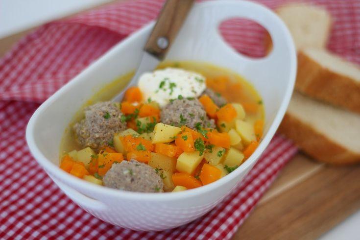 Hackfleisch - Kartoffel - Möhren - Eintopf, ein tolles Rezept aus der Kategorie Eintopf. Bewertungen: 271. Durchschnitt: Ø 4,5.