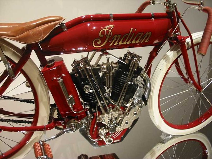 1914 Indian Hendee Special boardtrack racer.