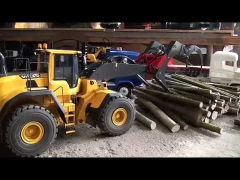 RC Truck (meeting 16-07-2016 Unloading wood) - YouTube