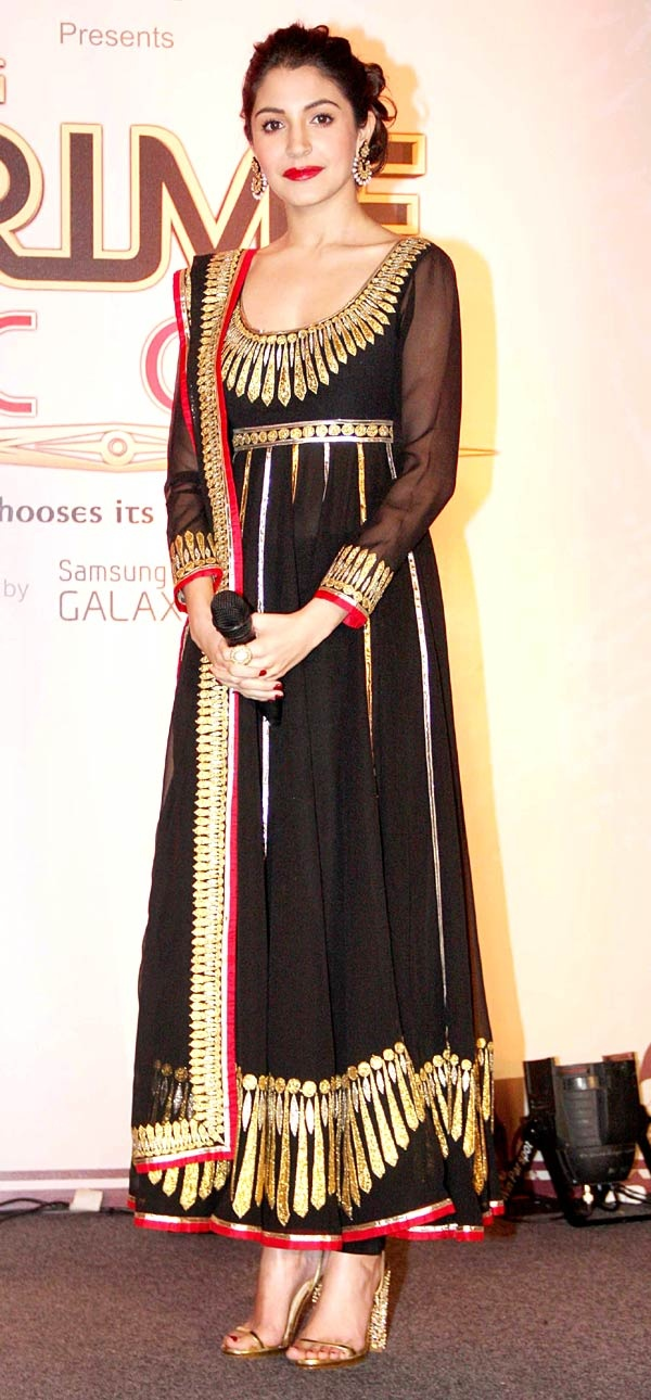 Anushka Sharma ( Omg I have a similar outfit...scary!)