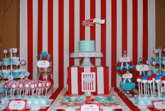 #party: 1St Birthday Parties, Parties Decorations, Airplane Birthday Parties, Vintage Airplanes, Desserts Bar, Parties Ideas, Airplane Party'S, Desserts Tables, Airplane Parties