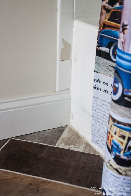 Rust-Oleum Tile refinishing touch up kit tutorial from Heathered Nest