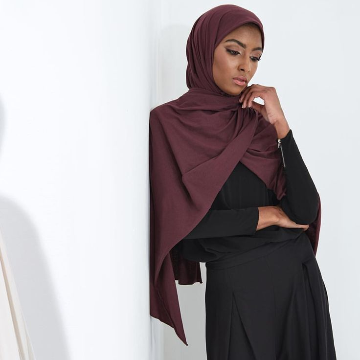 INAYAH   Natural, breathable fabrics perfect for around the year styling - Grape Rayon #Blend #Jersey Hijab + Black Crepe #Top + Black Front Pleat #Palazzos www.inayah.co