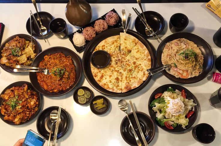 Hanyang Surakgan in Daejeon / Nov 28, 2015 / #한국 #Korea #Daejeon #대전 #은행동 #한양수랏간 #한식 #퓨전음식 #파스타 #피자 #Pasta #Pizza #양식 #Rice #Fusion #Salad #샐러드