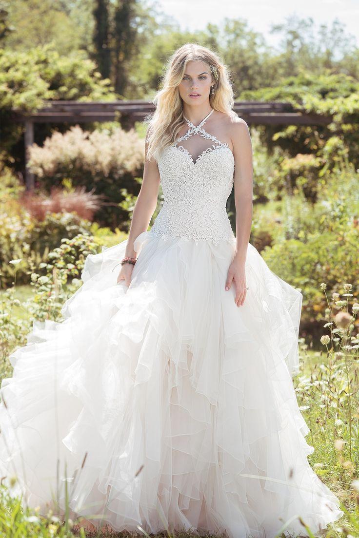 У невест фото под юбкой