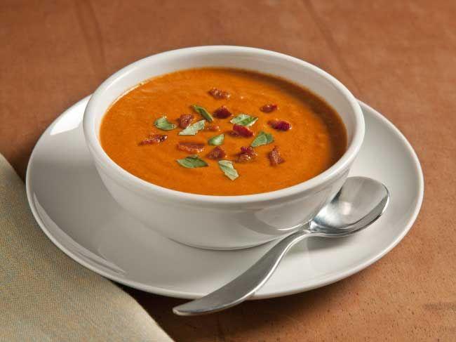 Supa de rosii cu ardei rosu copt
