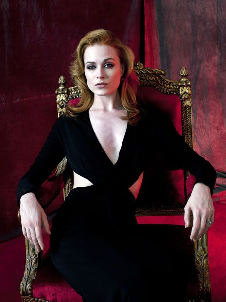"Evan Rachel Wood, queen sophie-anne ""true blood"""