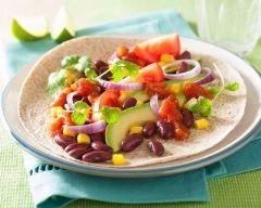 Fajitas végétarienne à l'avocat -http://www.cuisineaz.com/recettes/fajitas-vegetarienne-a-l-avocat-82427.aspx