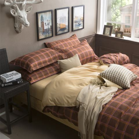 Filling: None Fabric Count: 40 Thread Count: 200TC Quantity: 4 pcs Technics: Reactive Printing Use: Home Pattern: Printed Color Fastness (Grade): 3-4 Grade: Quality Type: Duvet Cover Set(Without Comfo