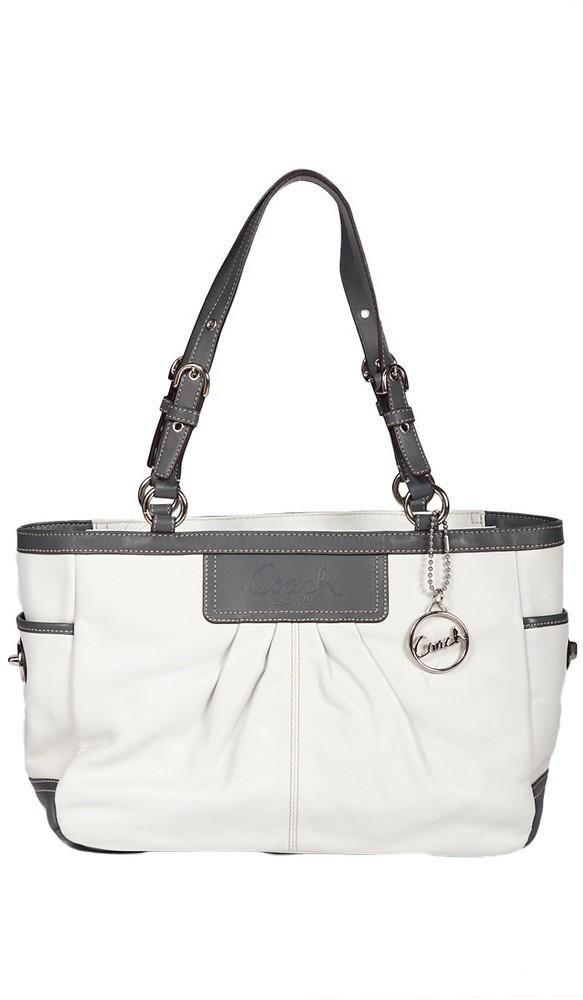 191 best coach purse images on pinterest coach purses for Designer couch outlet