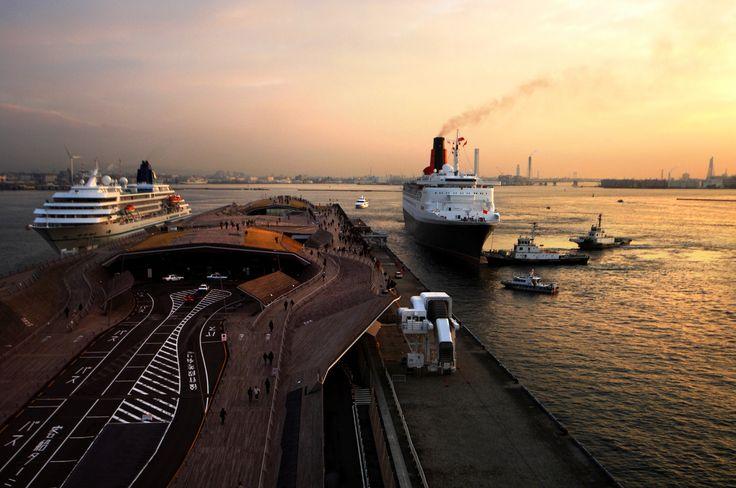 みなとみらい 横浜 サンセット 夕焼け sunset 大さん橋 船 海