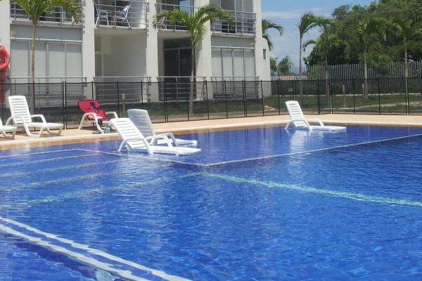 Zona de Bronceo en el agua Apartamento Flandes Renta 3164981652