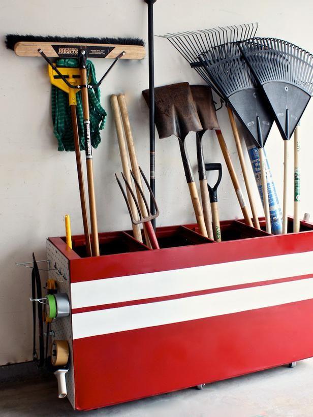 File Cabinet turned yard tool dispenser.: Ideas, Tools Storage, Filing Cabinets, Gardens Tools, Garage Organizations, Cabinets Turning, File Cabinets, Garage Storage, Repurpo