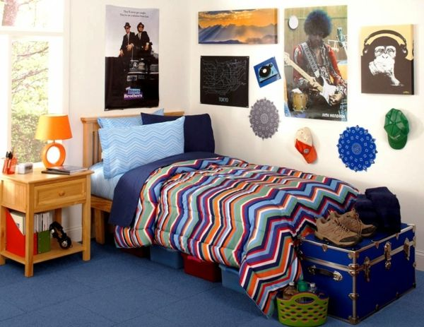 Lovely kinderzimmer gestalten jungen farbige bettw sche poster wanddeko Jugendzimmer GestaltenKinderzimmer