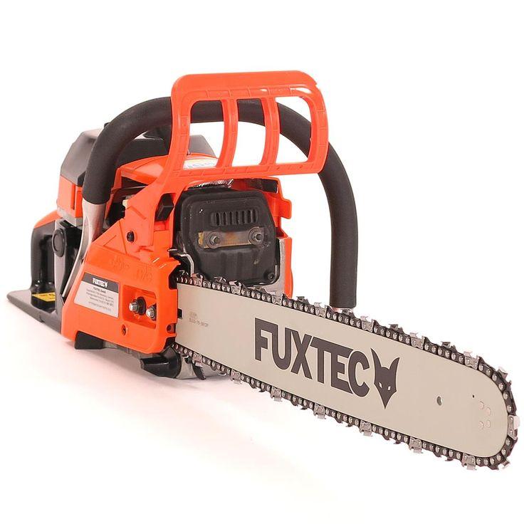 Motorová pila FUXTEC KSE152 o obsahu 51 cm³ (2,7HP / 2kW). Lišta 20″ (řezná délka 48 cm). Pila pro univerzální využití. Vhodný partner pro domácí kutily. Ideální ke kácení, prořezávání a odvětvování.